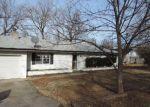 Foreclosed Home en E OAK ST, Claremore, OK - 74017