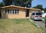 Foreclosed Home en LACE LN, Central Islip, NY - 11722
