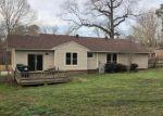Foreclosed Home en W NARROWAY ST, Benton, AR - 72015