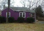 Foreclosed Home en MONSEN ST, Central Islip, NY - 11722