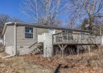 Foreclosed Home en PARK DR, Dexter, IA - 50070