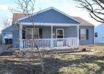 Foreclosed Home en E SHARON DR, Muncie, IN - 47302