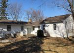 Foreclosed Home in SUNSET DR, Mentor, OH - 44060