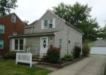 Foreclosed Home en SILSBY RD, Cleveland, OH - 44118