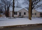 Foreclosed Home en HAINES ST, Dowagiac, MI - 49047
