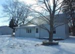 Foreclosed Home en LONGFELLOW AVE, Waterloo, IA - 50703