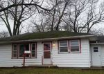 Foreclosed Home en N 2ND ST, Albion, IL - 62806