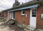 Foreclosed Home en CLUBHOUSE DR, Independence, KY - 41051