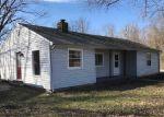 Foreclosed Home en PIMENTO CIR, Terre Haute, IN - 47802