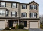 Foreclosed Home en CROWN MILL DR, Mohrsville, PA - 19541