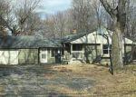 Foreclosed Home en W PUETZ RD, Franklin, WI - 53132