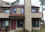 Foreclosed Home en N GREEN DR, Newport News, VA - 23602