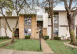 Foreclosed Home en AMBERTON PKWY, Dallas, TX - 75243