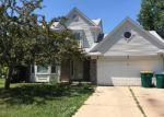 Foreclosed Home en FOX CHASE LN, Flat Rock, MI - 48134
