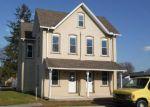 Foreclosed Home en N 2ND ST, Bainbridge, PA - 17502