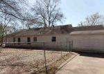 Foreclosed Home en GAIL CIR, Marshall, TX - 75670