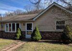 Foreclosed Home en E SHAFFER RD, Aliquippa, PA - 15001