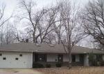 Foreclosed Home en S MILLER ST, Vinita, OK - 74301