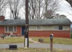 Foreclosed Home en BEAR CREEK RD, Leicester, NC - 28748