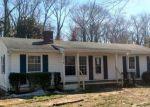 Foreclosed Home en JAMES LN, Weems, VA - 22576