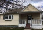 Foreclosed Home en PINE AVE, Mattoon, IL - 61938