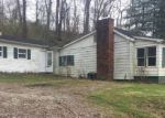Foreclosed Home in UNRUE ST, Ashland, KY - 41102