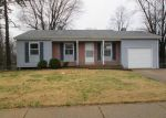 Foreclosed Home en FOXTREE DR, Hazelwood, MO - 63042