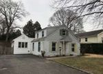 Foreclosed Home en MAPLE ST, Baldwin, NY - 11510