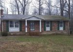 Foreclosed Home en COURTHOUSE RD, Heathsville, VA - 22473