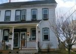 Foreclosed Home en JUNIPER ST, Quakertown, PA - 18951