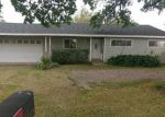 Foreclosed Home en MONTGOMERY RD, Red Bluff, CA - 96080