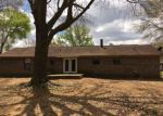 Foreclosed Home en BURKE DR, Moundville, AL - 35474