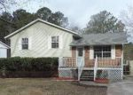 Foreclosed Home en ROXBURY DR, Riverdale, GA - 30274