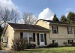 Foreclosed Home en MANOR RD, York, PA - 17408