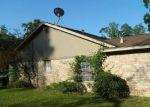 Foreclosed Home en STRATFORD ST, Highlands, TX - 77562