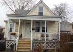 Foreclosed Home en GRAY ST, Bristol, RI - 02809