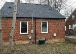 Foreclosed Home en EGO AVE, Eastpointe, MI - 48021