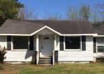 Foreclosed Home in W SATCHWELL ST, Burgaw, NC - 28425