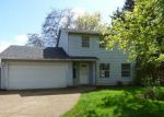 Foreclosed Home en HOLMES LN, Oregon City, OR - 97045