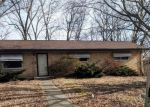 Foreclosed Home en HIGHWOOD DR, Belleville, IL - 62223