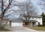 Foreclosed Home en ROSEMONT DR, Joliet, IL - 60435