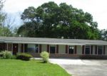 Foreclosed Home en TANGLEWOOD DR, Baton Rouge, LA - 70818