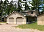 Foreclosed Home en N MANISTEE RIVER RD, Grayling, MI - 49738