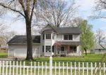 Foreclosed Home en W 5TH ST, Centralia, IL - 62801