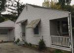 Foreclosed Home en S WORTH ST, Sullivan, IL - 61951