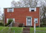 Foreclosed Home en CABIN BRANCH DR, Capitol Heights, MD - 20743