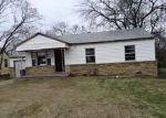 Foreclosed Home en W 45TH PL, Tulsa, OK - 74107