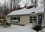 Foreclosed Home en STILLWATER DR, Pocono Summit, PA - 18346