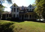 Foreclosed Home in CLAREMONT DR, Columbia, TN - 38401