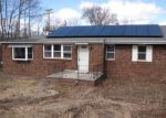 Foreclosed Home en ROSEMONT RD, Monroe, NY - 10950